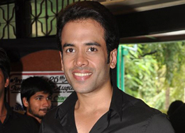 Live Chat: Tusshar Kapoor on November 30 at 1500 hrs IST