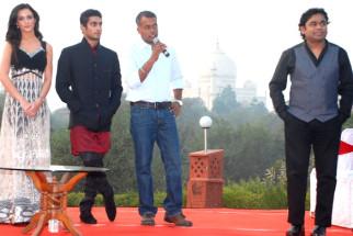 Photo Of Amy Jackson,Prateik Babbar,Gautham Menon,A R Rahman From The Audio release of 'Ekk Deewana Tha' at Taj Mahal Agra