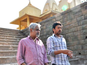 On The Sets Of The Film Pranam Walekum Featuring Sanjay Mishra,Irrfan Khan