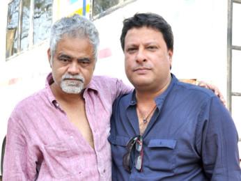 On The Sets Of The Film Pranam Walekum Featuring Sanjay Mishra,Tigmanshu Dhulia