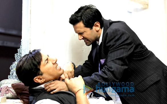 Sunny Deol,Navin Chaudhary