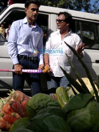 Arif Zakaria,Jay Prakash