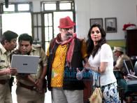 Nikhil Ratnaparkhi,Rishi Kapoor,Lilette Dubey