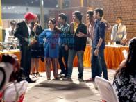 Anshuman Jha, Tejaswini Kolhapure, Divya Dutta, Raj Kumar Yadav, Manu Rishi, Aarya Kumar, Dhruv Ganesh