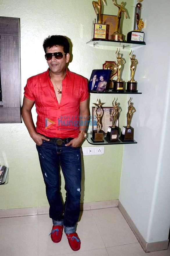 Mahurat of Bhojpuri film 'Jiya Ho Bihar Ke Lala'