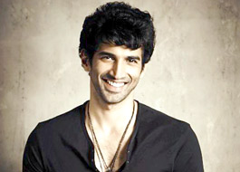 Aditya Roy Kapur signed up for Fitoor
