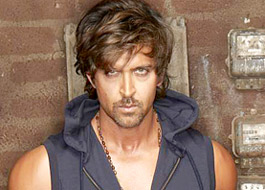 Hrithik leaves for medical check-up today
