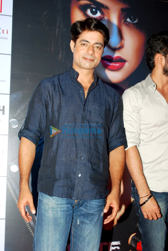 Promotion of 'Hate Story 2' at Infiniti mall