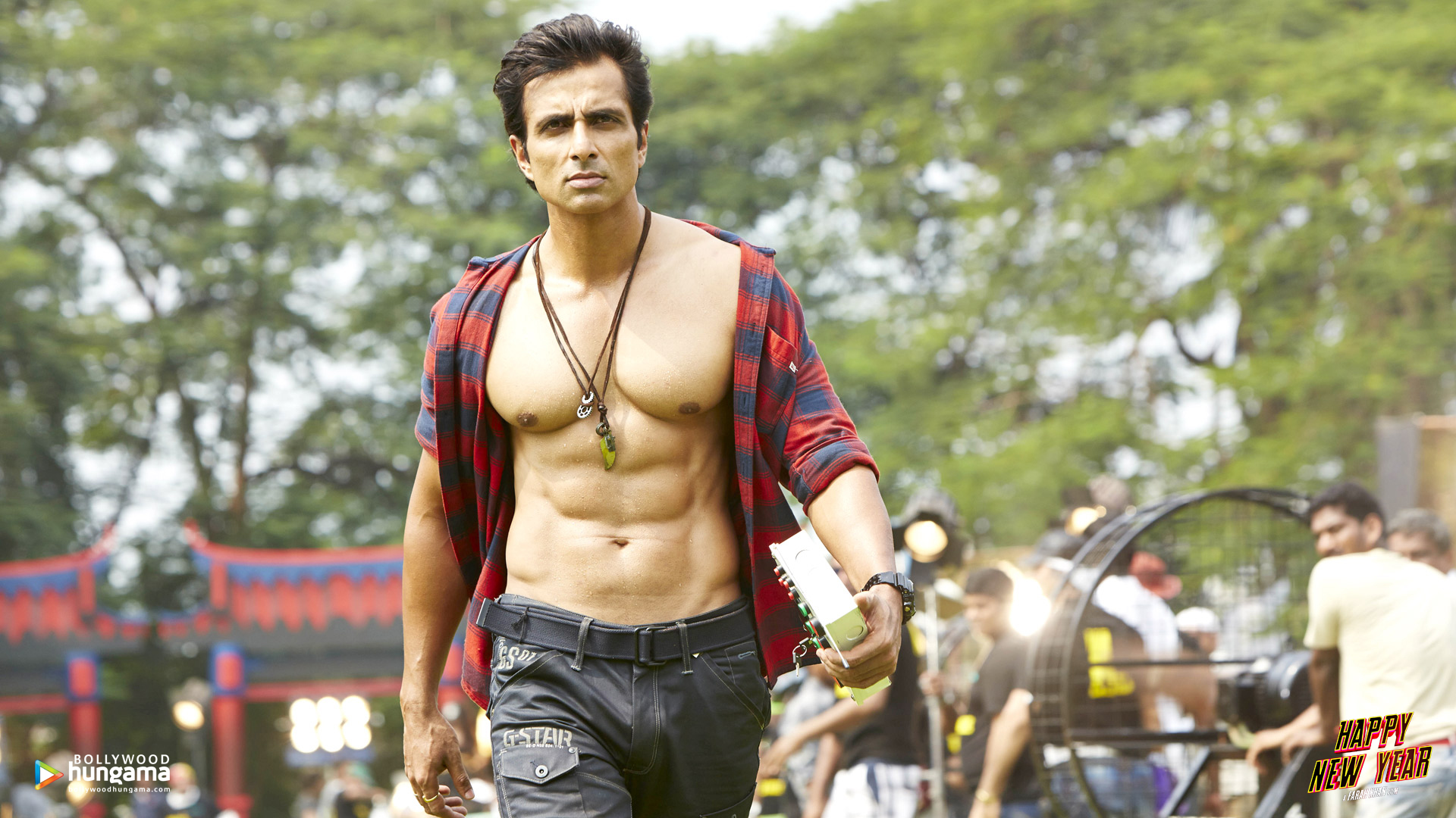 Happy New Year 2014 Wallpapers Happy New Year 14 Bollywood Hungama