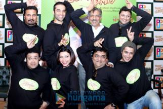 Suhas Shetty, Ninad Kamat, Kushal Punjabi, Shilpa Shukla, Prakash Jha,  Swanand Kirkire, Ritesh Menon, Siddharth Sharma