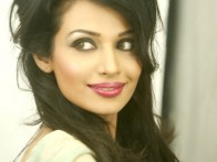 Celebrity Photo Of Flora Saini