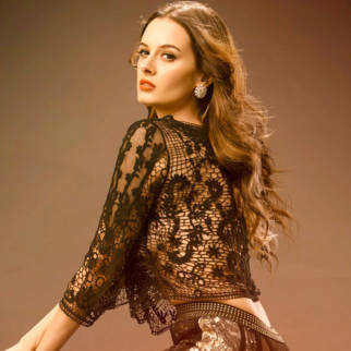 Celebrity Wallpapers of Evelyn Sharma