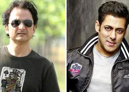 Director Vinay Sapru clarifies on Salman Khan's tweet about Haal-E-Dil song in Sanam Teri Kasam