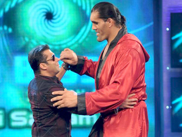The Great Khali along with Salman Khan on the sets of Bigg Boss 4