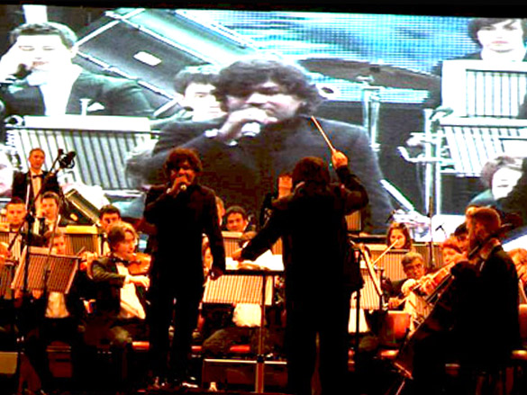 Kailash Kher at 'Sound of India' concert