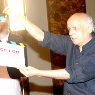 On The Sets Of The Film Kuch Log Featuring Anupam Kher,Gulshan Grover