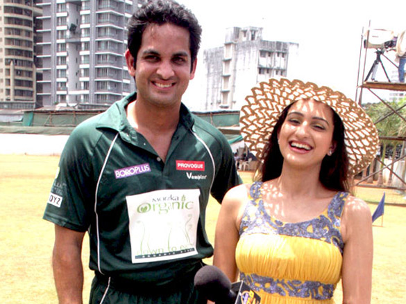 Vikas Kalantri organises charity cricket match