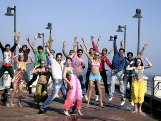 Movie Still From The Film Bin Bulaye Baarati,Aftab Shivdasani,Priyanka Kothari
