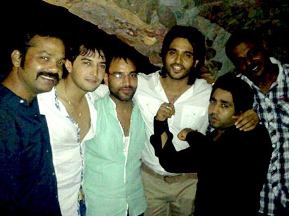 Picture Abhi Baki Hai Dost bash