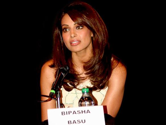 Bipasha Basu attends the IIFA press conference at Brampton