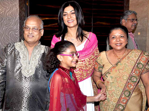 Sushmita Sen at Dr Shefali's mehndi