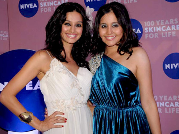 Anushka Sharma and Shibani Dandekar at Nivea 100 years event