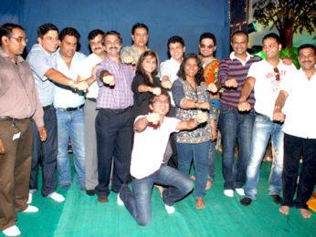 Photo Of Rahul Mohan,Dolly Sidhu,Upanga Dutta,Swaroop,Siddarth Kannan,Prashant Shirsat From The Prashant Shirsat celebrates Ganesh Utsav at Parel Cha Raja