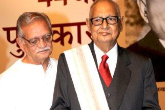 Photo Of Gulzar,Dr. Akhlaq Mohammed Khan Shahryar From The Amitabh Bachchan felicitates Shahryar with 44th Jnanpith Award