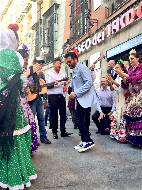 Check out: Hrithik Roshan, Sonakshi Sinha and Anil Kapoor fly to Madrid for IIFA 2016