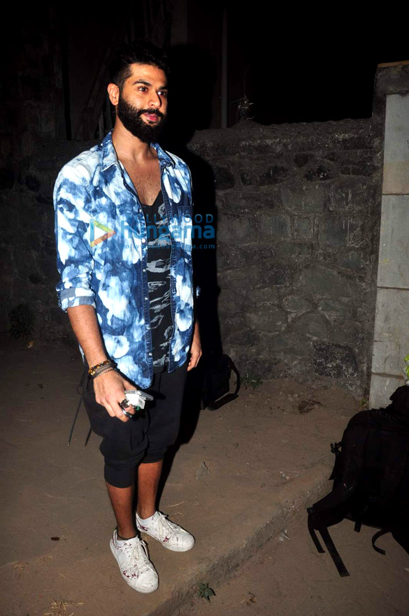 Shahid Kapoor's birthday bash at his new home