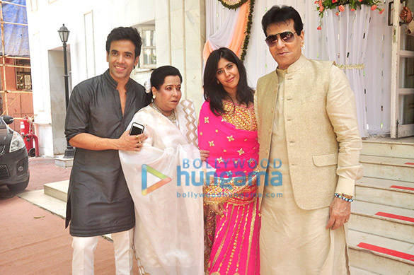 Shobha kapoor and jeetendra wedding pictures