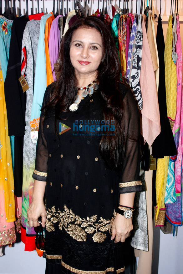 Poonam Dhillon at the 'Celebrating Vivaha' exhibition