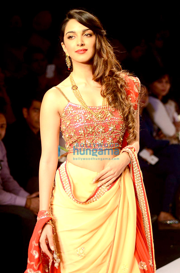 Anushka Ranjan walks for the BETI show at IIJW 2015
