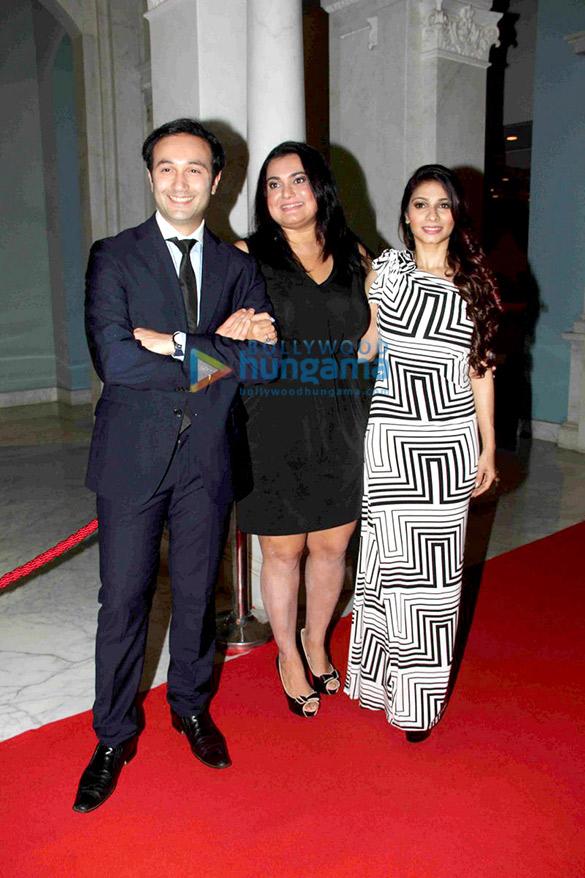 Aditya Hitkari, Divya Palat, Tanisha Mukherjee