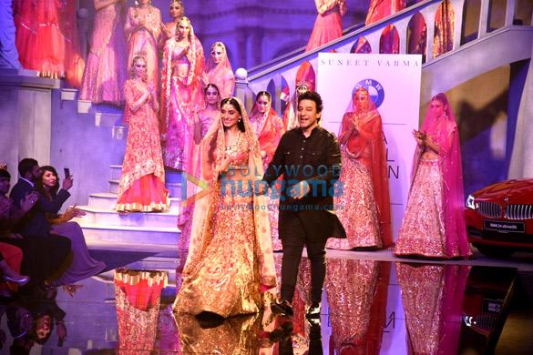 Pernia Qureshi walks the ramp for Suneet Varma at the BMW India Bridal Fashion Week 2015
