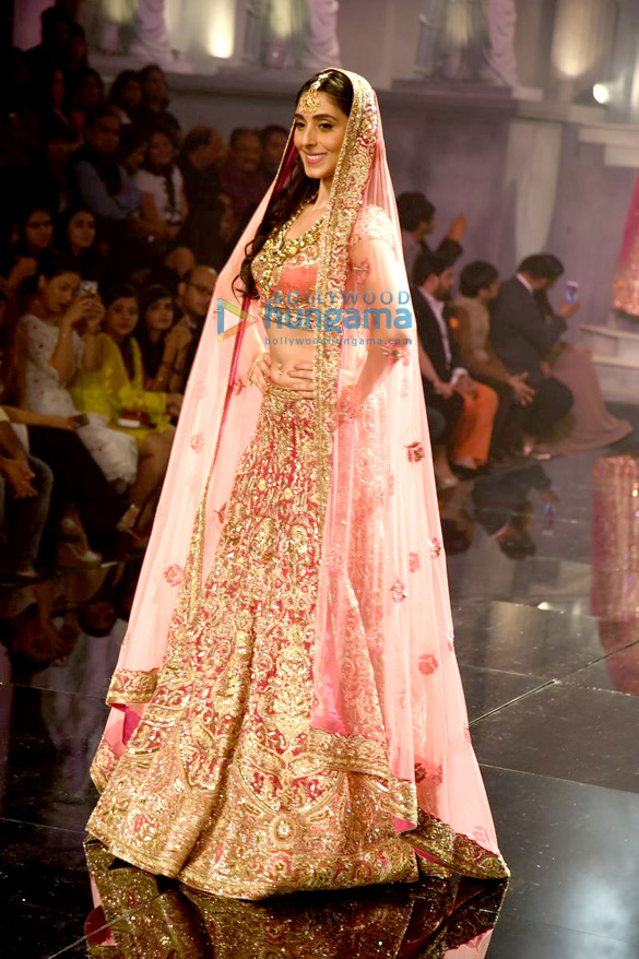 Pernia Qureshi walks the ramp for Suneet Varma at the BMW India Bridal Fashion Week 2015
