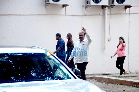 Sonam Kapoor snapped post an AD shoot in Mumbai
