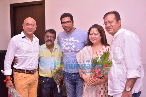 Tej Sapru, Vijay Patkar, Mukesh Rishi, Preeti Sapru