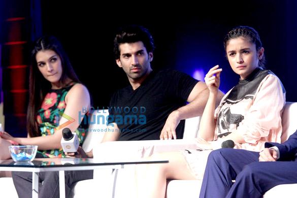 Alia Bhatt, Parineeti Chopra, Aditya Roy Kapur, Arjun Kapoor, Kriti Sanon & Ayushmann Khurrana at '17th Mumbai Film Festival'