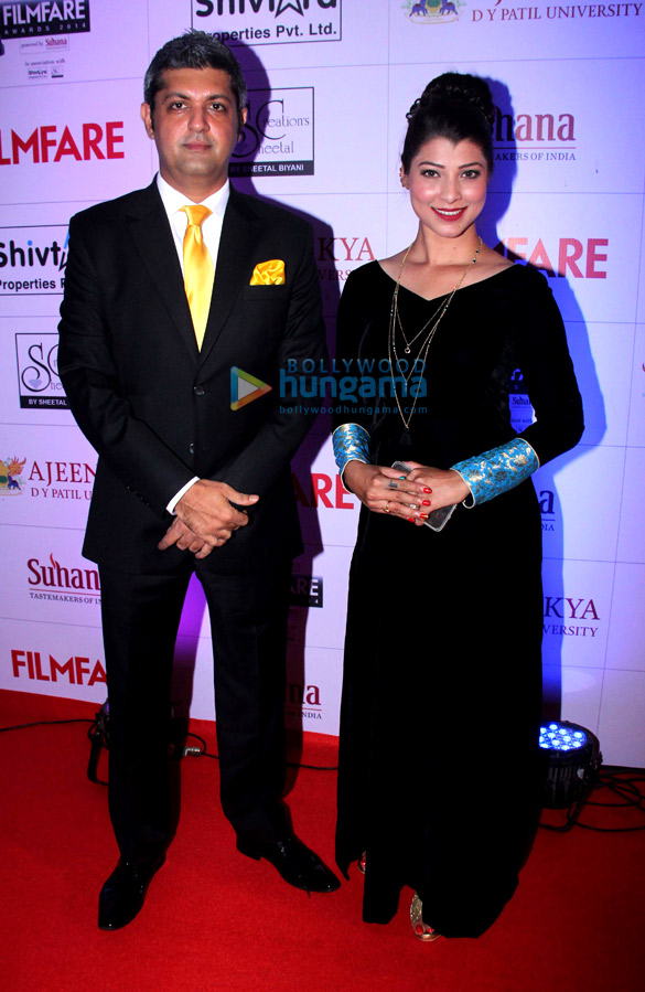 Celebs grace 'Ajeenkya DY Patil University Marathi Filmfare Awards 2014'