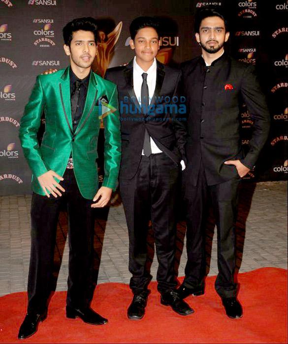 Salman Khan, Shah Rukh Khan, Kajol & others grace 'Sansui Colors Stardust Awards 2015'