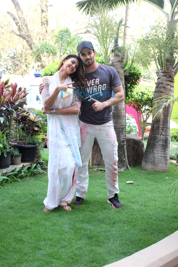 Jacqueline Fernandez, Sushant Singh Rajput & others at ZOOM holi bash