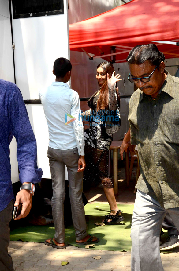 Sonakshi Sinha snapped at an AD shoot in Mehboob Studio