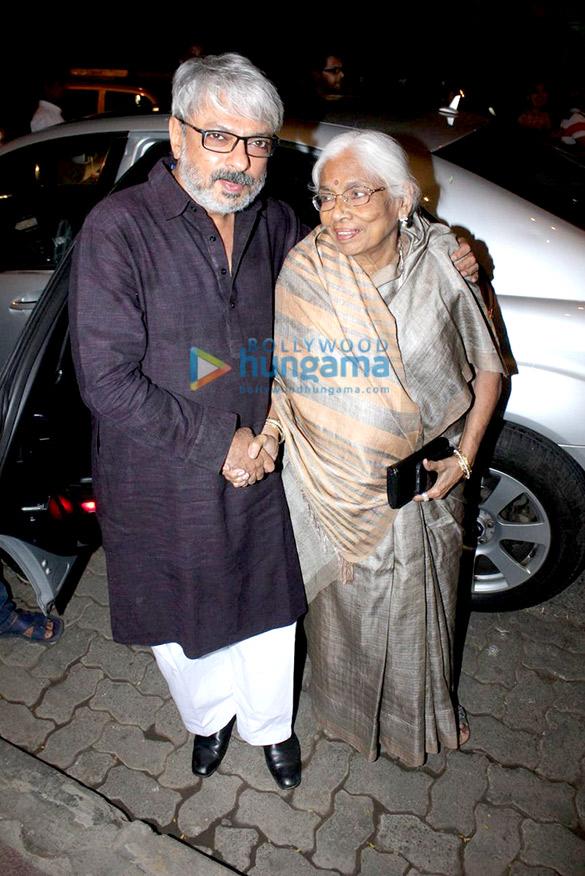 Sanjay Leela Bhansali celebrates 'Bajirao Mastani' win at National Awards