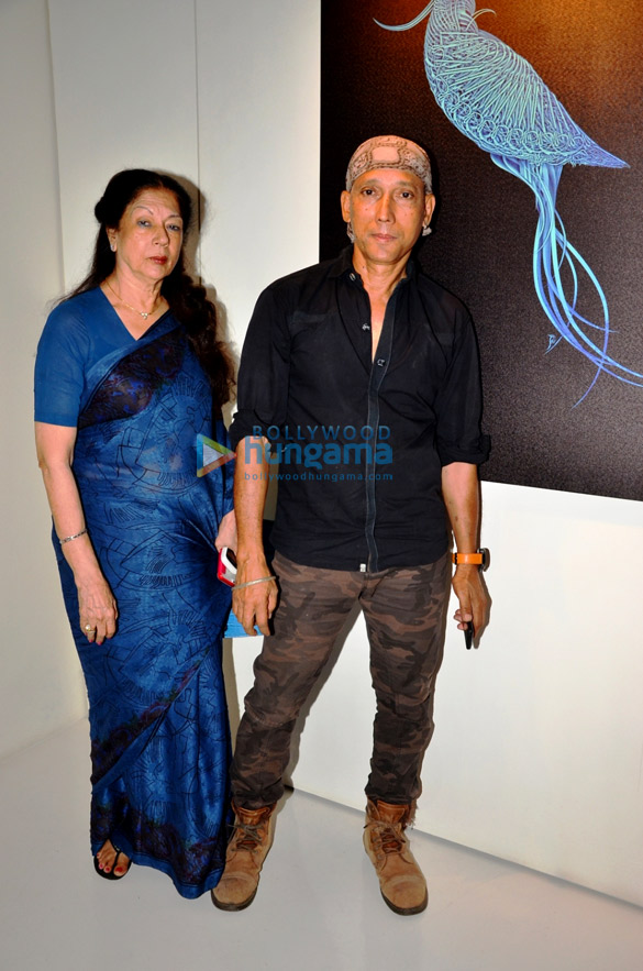 Gracy Singh, Dolly Thakore & others attend Iranian artist Kaveh Afraie's World Without Borders art show at Cosmic Heart Gallery