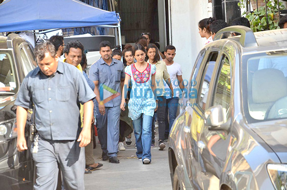Kangna Ranaut snapped in her Queen avatar post AD shoot with Mahendra Singh Dhoni & Virat Kohli