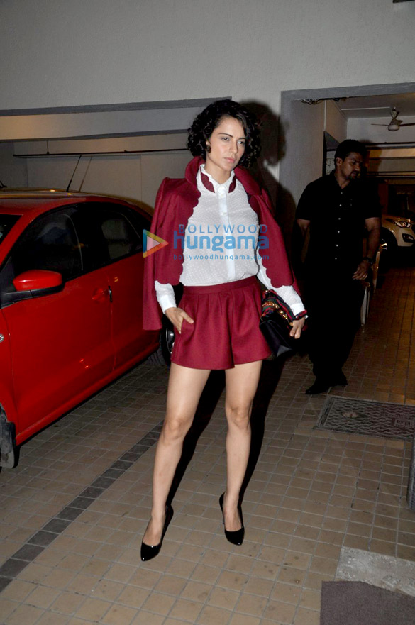 Ranbir Kapoor, Kangna Ranaut, Sonam Kapoor and others grace Saif Ali Khan & Kareena Kapoor Khan's bash for 'Rangoon' wrap up