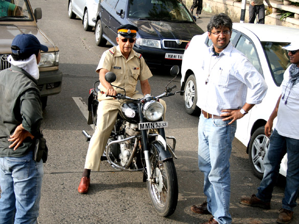 On The Sets Of The Film Maximum,Naseeruddin Shah,Kabeer Kaushik