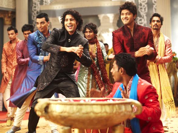 Movie Still From The Film Will You Marry Me?,Rajeev Khandelwal,Shreyas Talpade