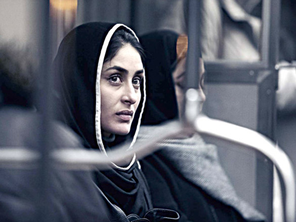 Movie Still From The Film Kurbaan,Kareena Kapoor,Kirron Kher